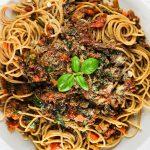 vegetarische bolognese mit soja granulat